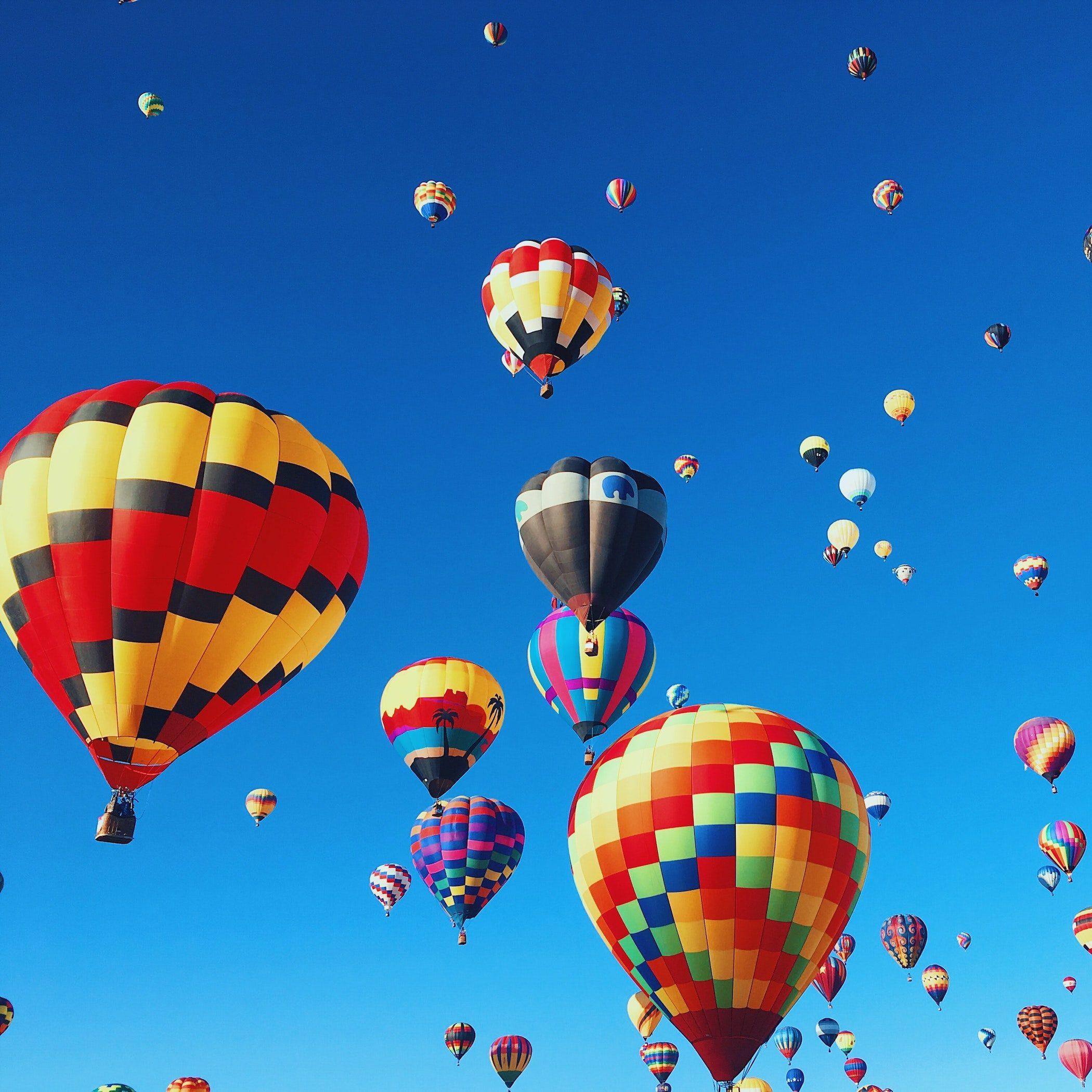 hot-air-balloons-building-hope